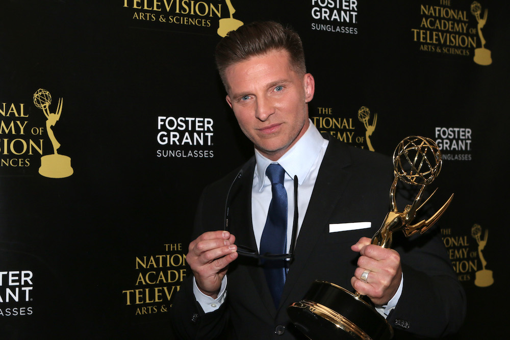 Steve Burton holding Emmy Award