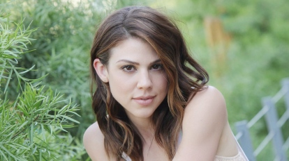 DAYS Kate Mansi Abigail