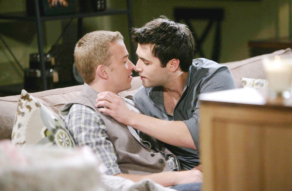 Days of Our Lives Sonny and Will Kiss
