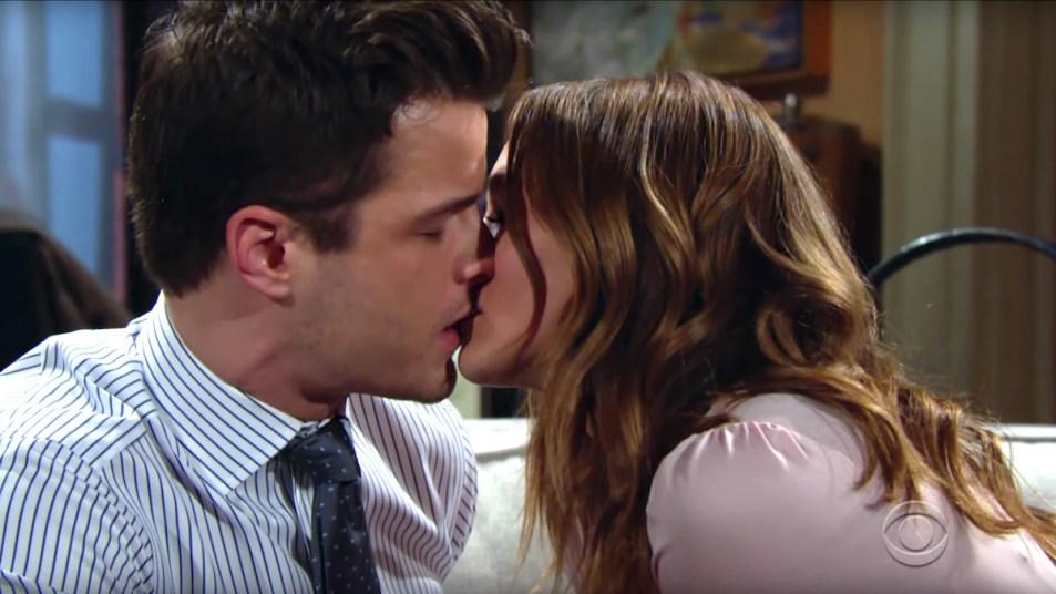 Y&R Kyle Summer kiss