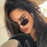 Sasha Calle mic