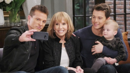 GH Quartermaine family selfie