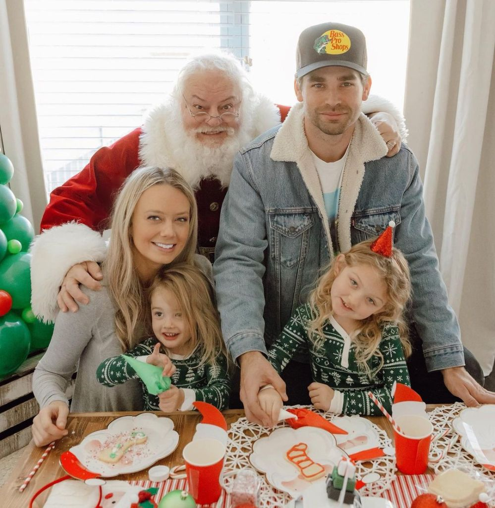 Melissa Ordway Family Santa