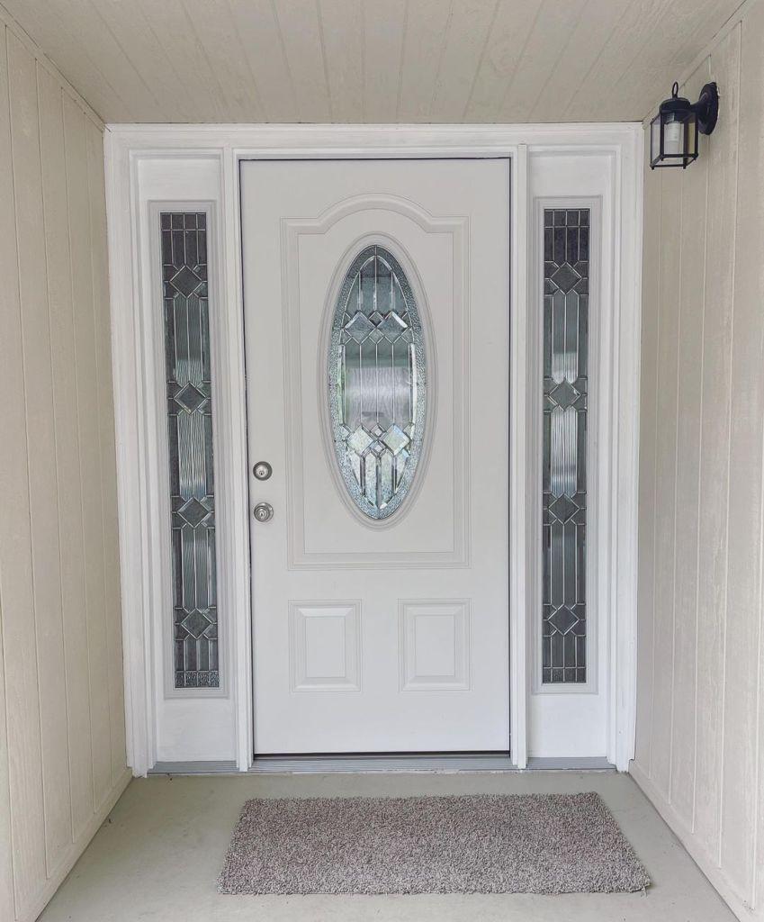 Emme Rylan front door