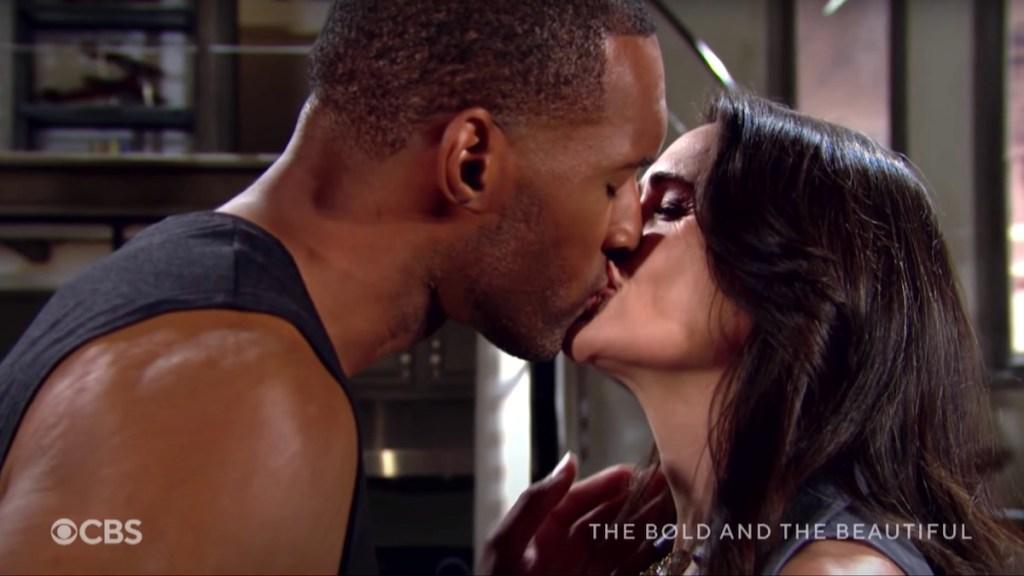 B&B Carter Quinn kiss