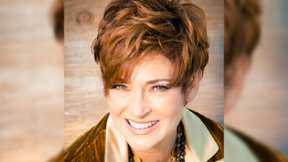 Carolyn Hennesy headshot