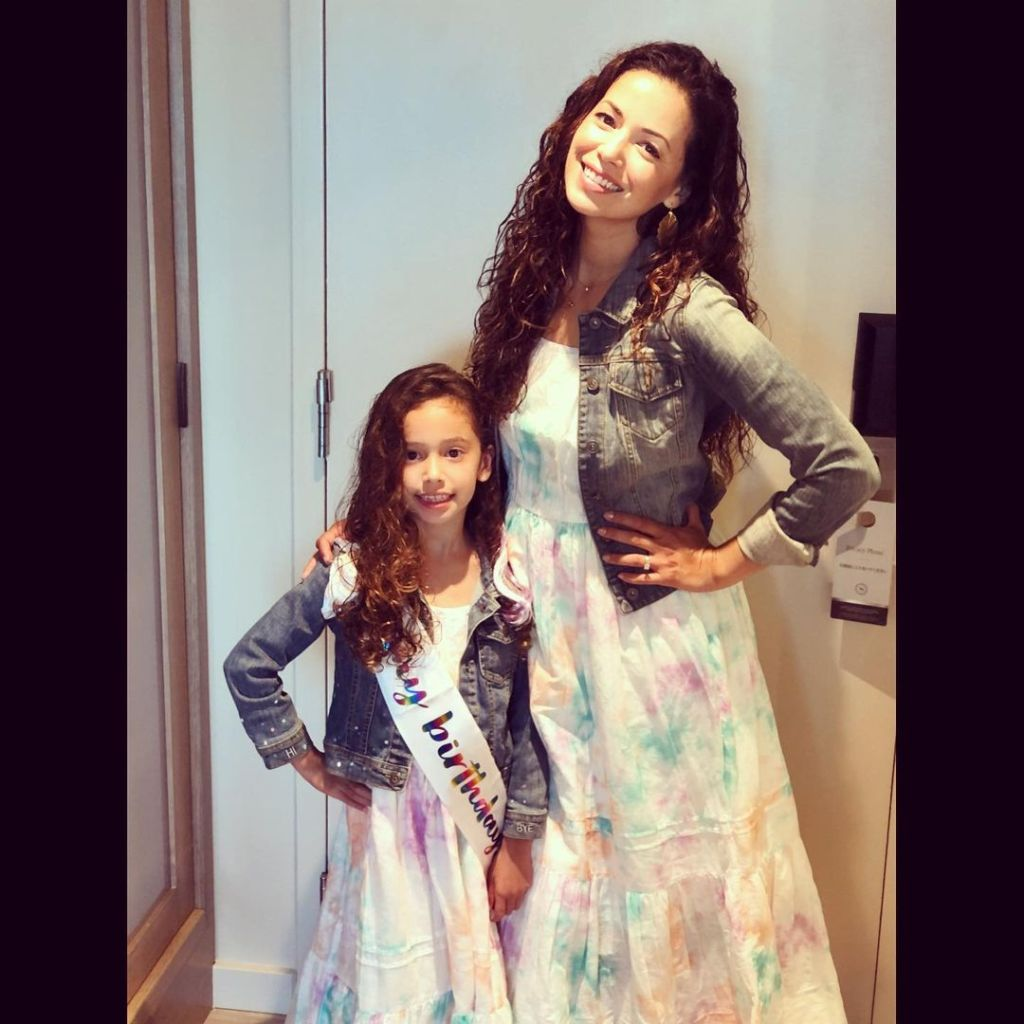 Teresa Castillo daughter Victoria