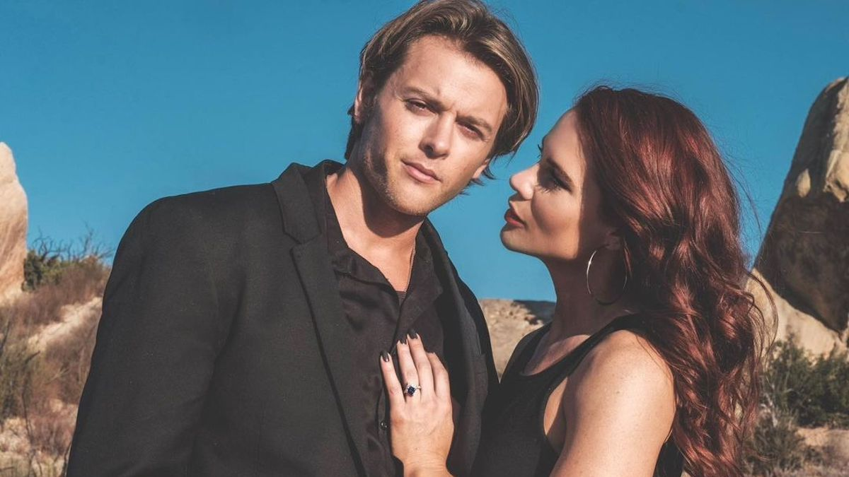 Courtney Hope & Chad Duell To Marry This Weekend!